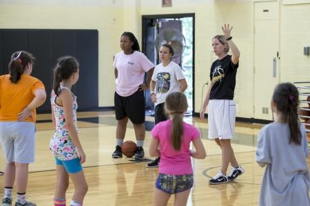20150714_basketball_camp_girls_0095