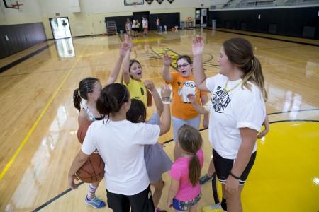 20150714_basketball_camp_girls_0232