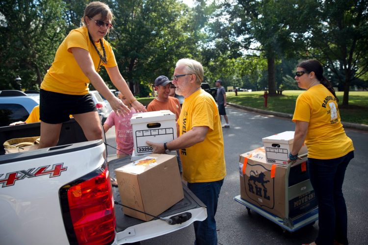 Move-in day at Randolph College
