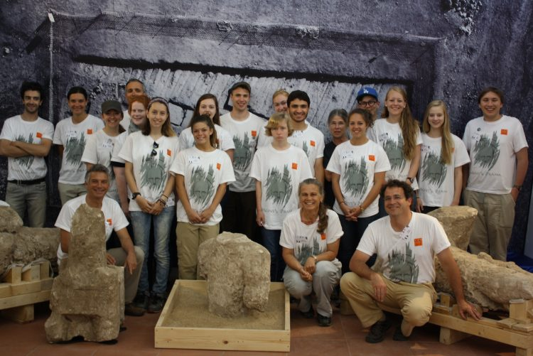 Archaeological Conservation Institute students from Randolph worked with Roberto Nardi and students from other institutions on the project in 2015.