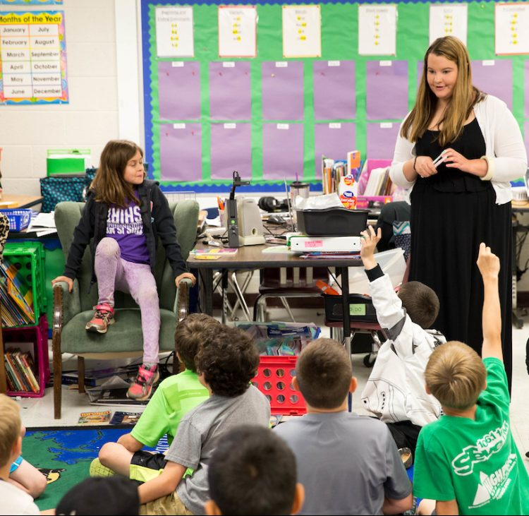 Kate Thornhill '16 M.A.T. teaches her elementary school class.