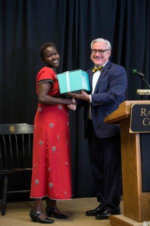 Kakenya Ntaiya '04 receives an Alumnae Achievement Award from Randolph President Bradley W. Bateman in 2015.