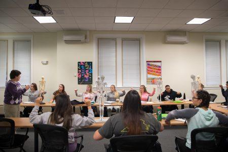 Professor Carolyn Sarson's Kinesiology class