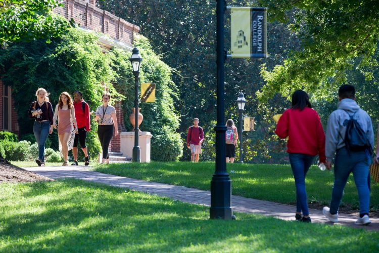 Students walk to class on front campus