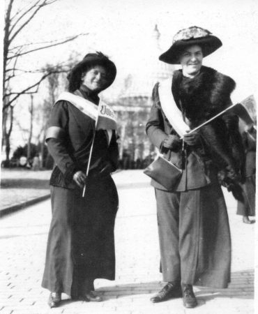 Elizabeth Dabney Langhorne Lewis Otey (left) (Class of 1900) and her mother pictured at a suffrage rally. Credit: Blackwell Press