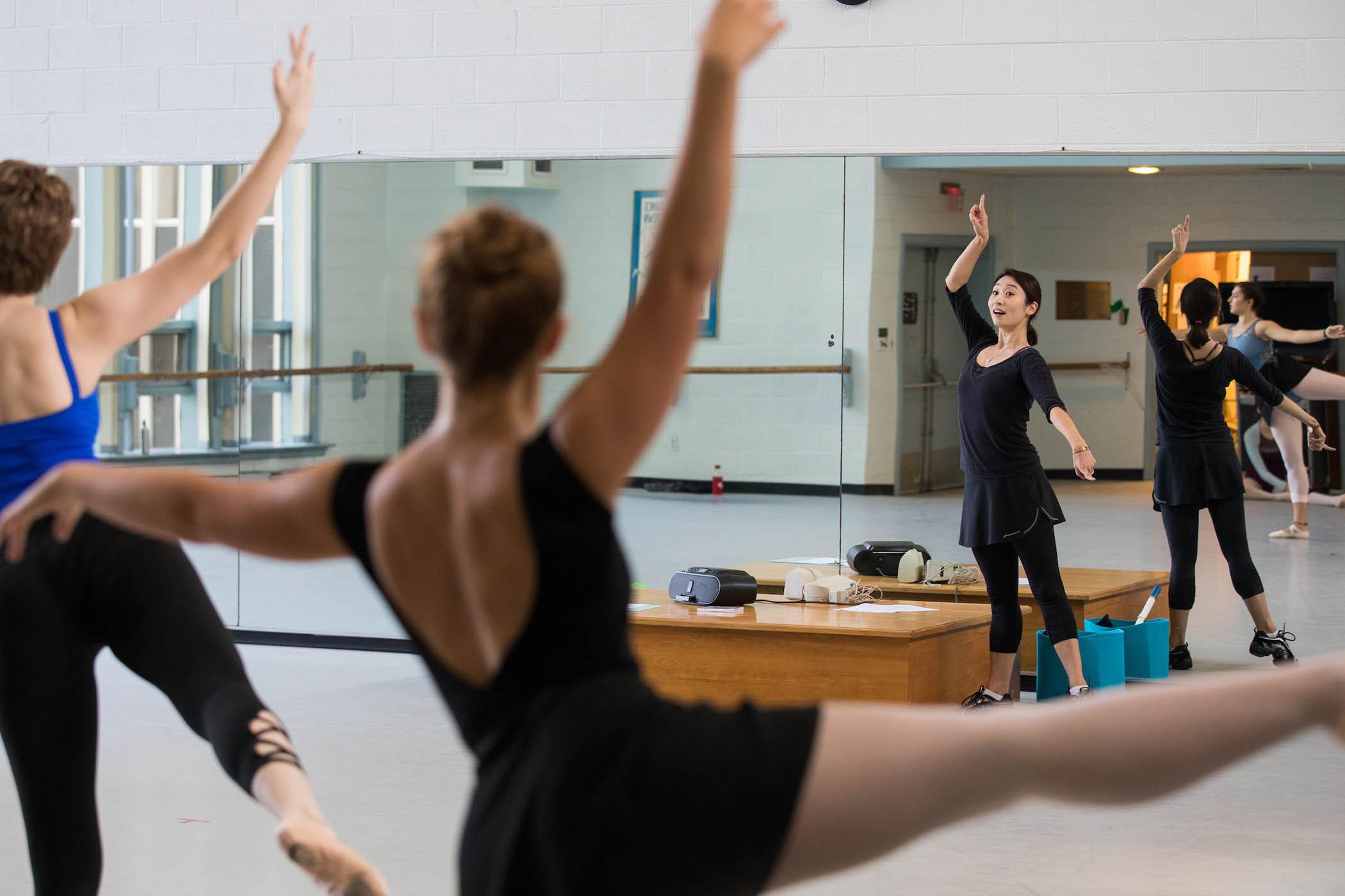 Visiting artist Eun Kyung Chung teaches dance class