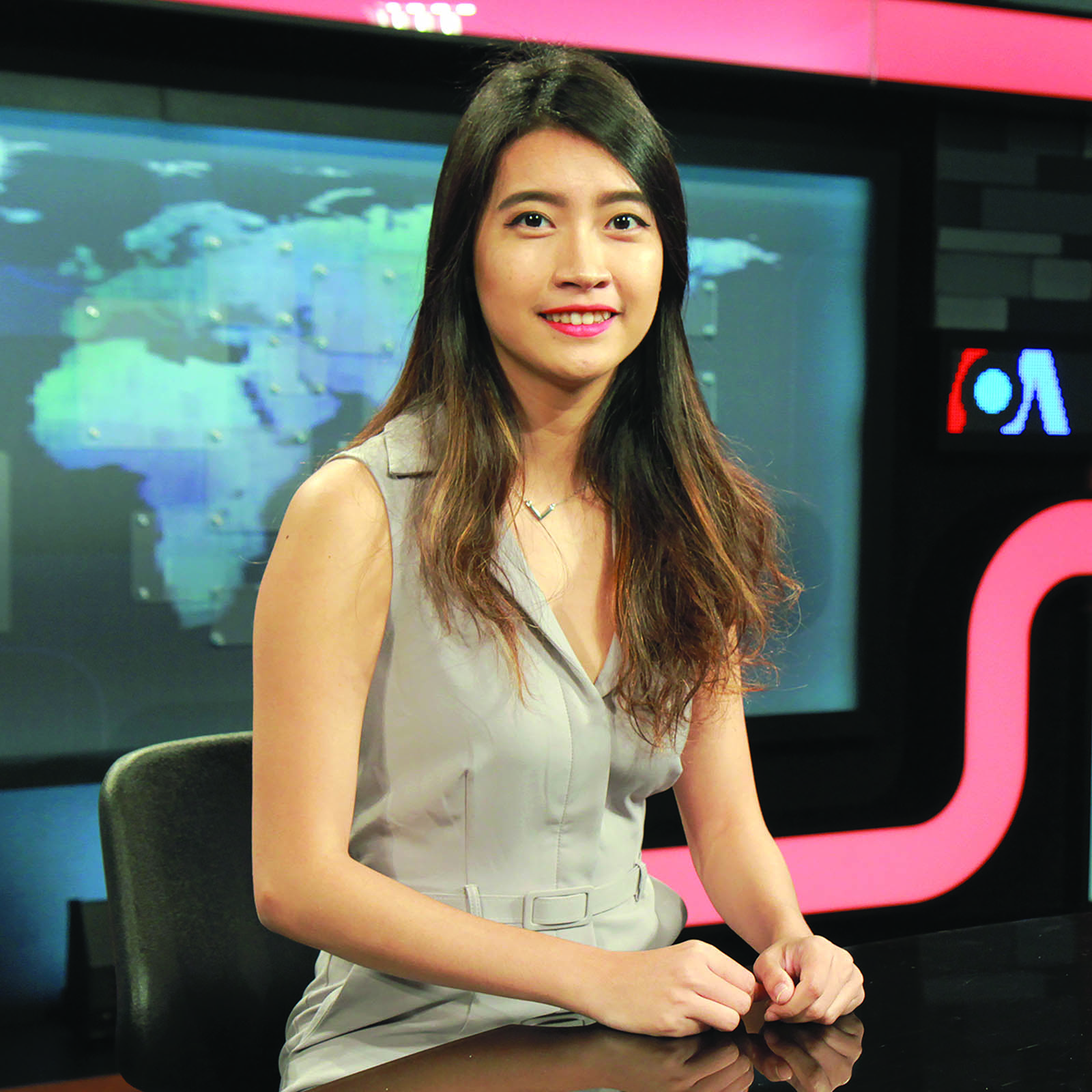 Ei Thant Sin '16 is an international broadcaster for Voice of America Burmese
