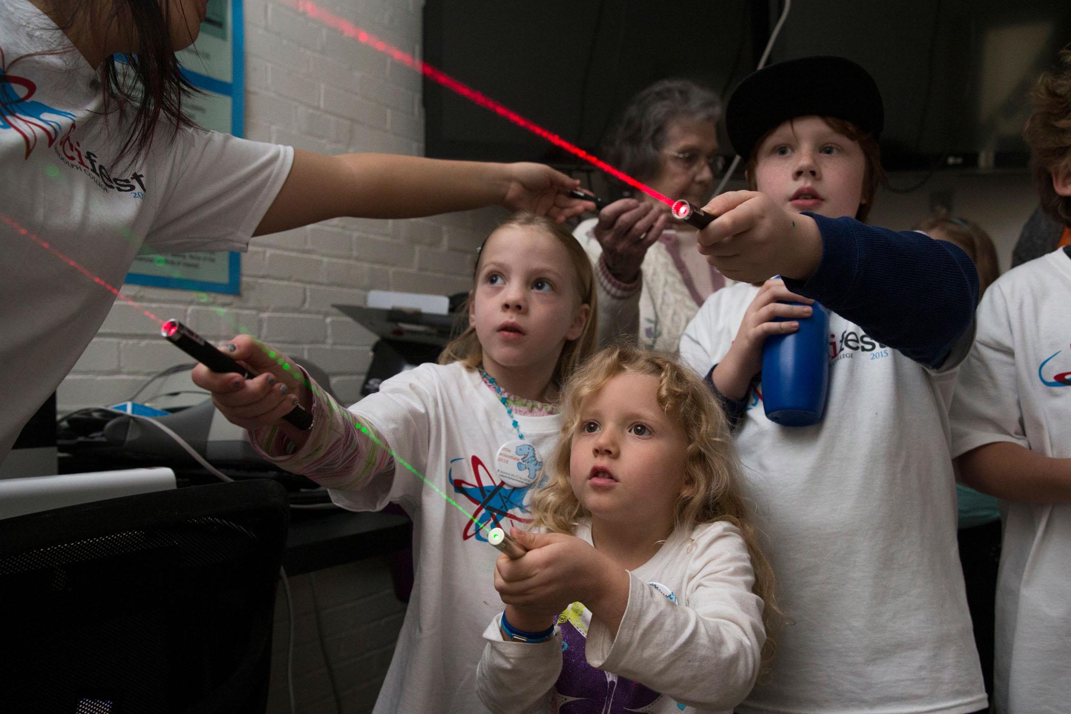 randolph-college-scifest-amazing-lasers