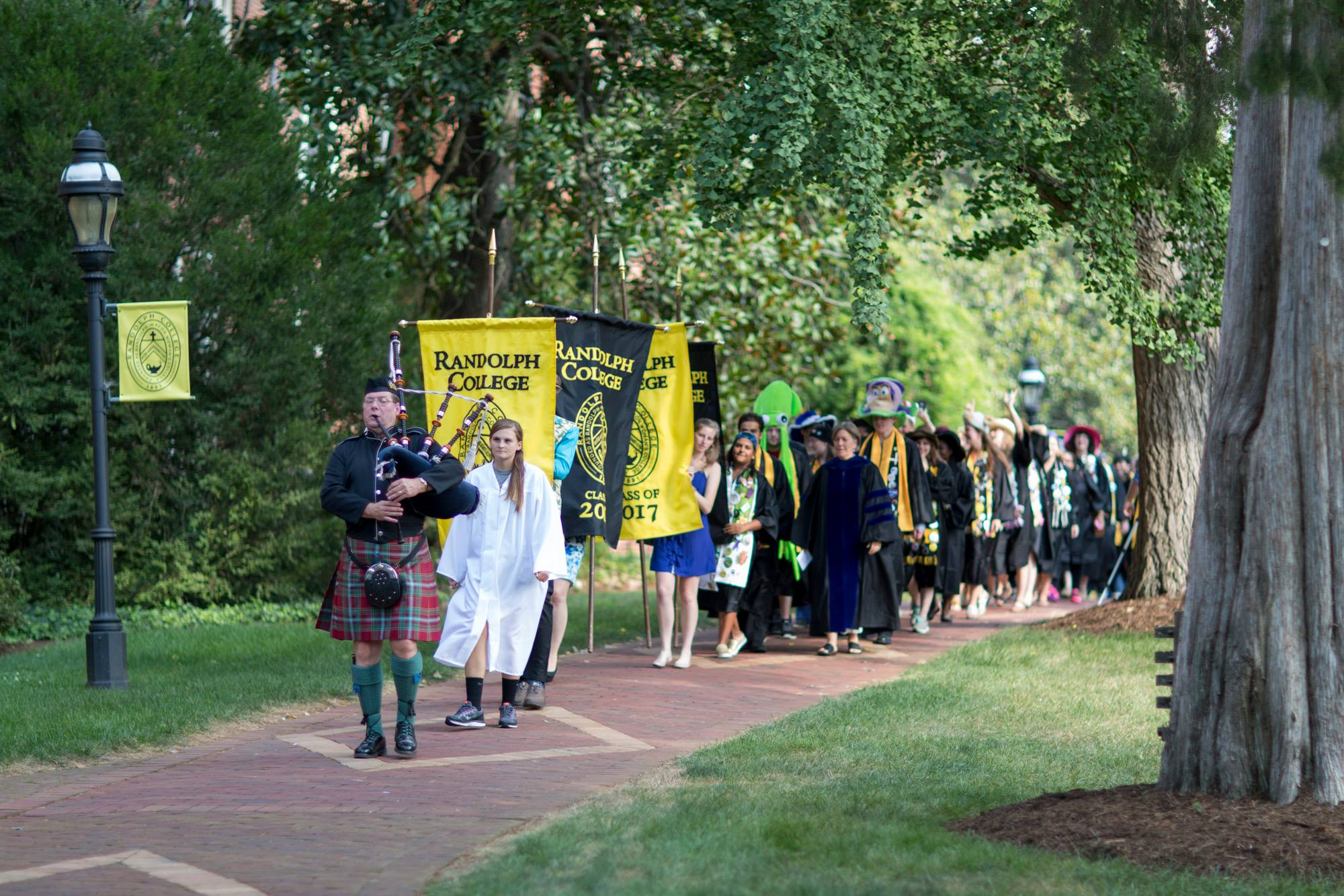 Procession to 2015 Convocation